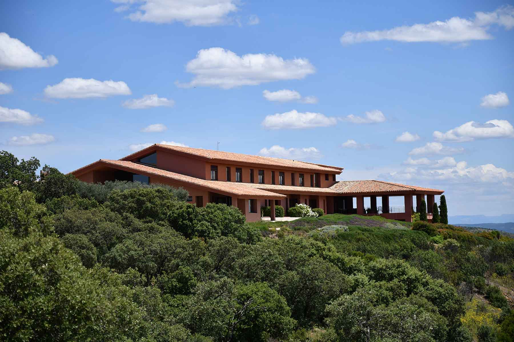 Private exclusive villa in nature in Spain